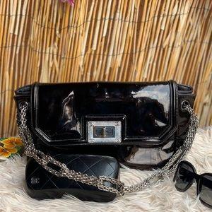 ✅Auth Chanel leather Silver Hardware shoulder bag